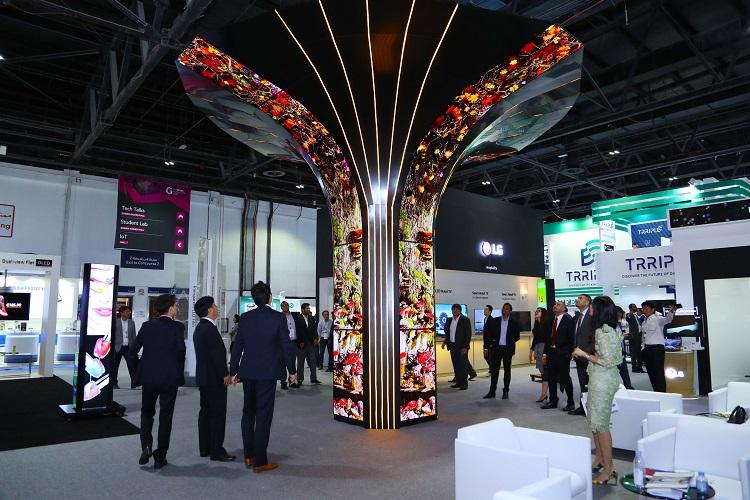 LG OLED Tree a the Gitex Techonoly Week