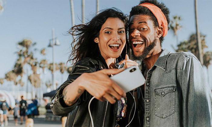 Photo of با بهترین نرم افزار های دوربین سلفی برای گوشی های آیفون آشنا شوید