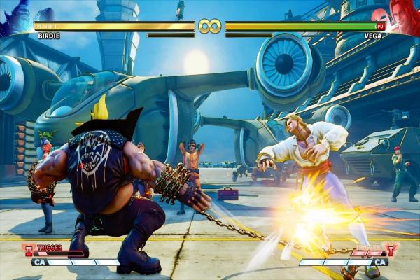 Photo of تهیهکنندهی بازی Street Fighter V به محتویات و شخصیتهای جدید آن اشاره دارد